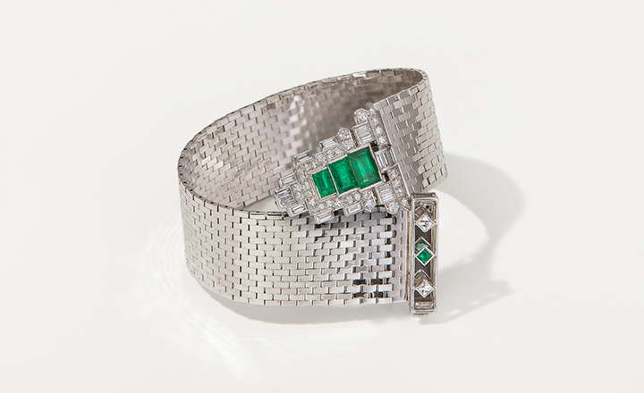 Mauboussin Bracelet, USA, 1940.<br> Detachable Clip: France, ca. 1910, gold, platinum, diamonds ca. 3,0 ct. and emeralds ca. 2,75 ct.