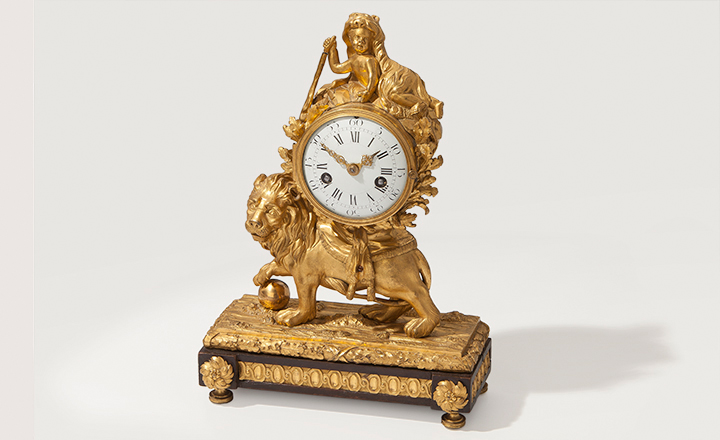 Mantel clock, ca. 1770, Louis XV, gilded bronze, dial enamel, strike