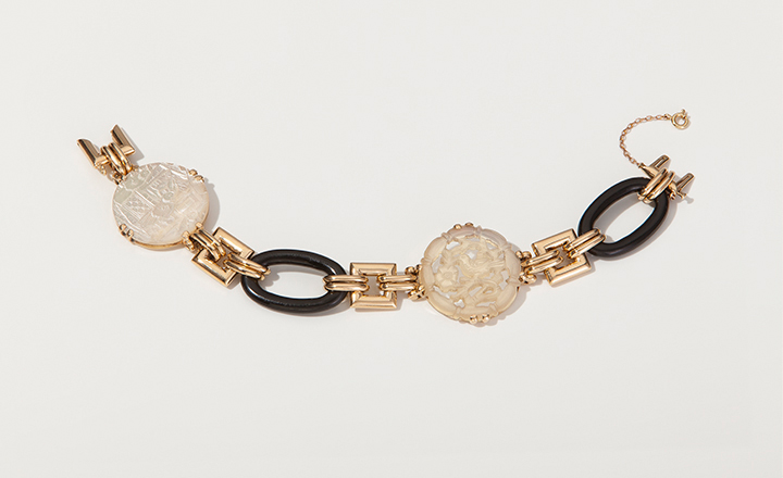 Bracelet, jade, mother-of-pearl, gold, 1930. From the estate of Mary, Duchess of Roxburghe