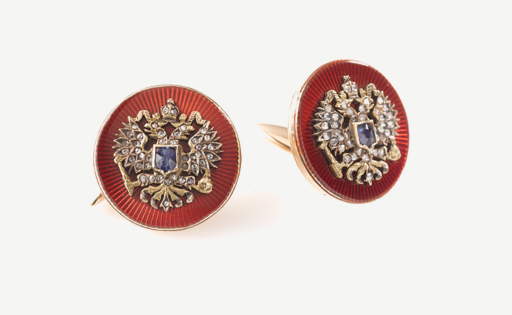Cufflinks, St. Petersburg end of 19th century, Russian Double Eagle in yellow gold and enamel, with rose diamonds and a sapphire each.