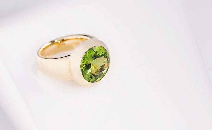 Ring, Gelbgold, Peridot 7,54 ct.